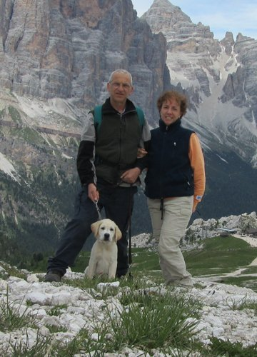 Nadia e Riccardo con cucciolo